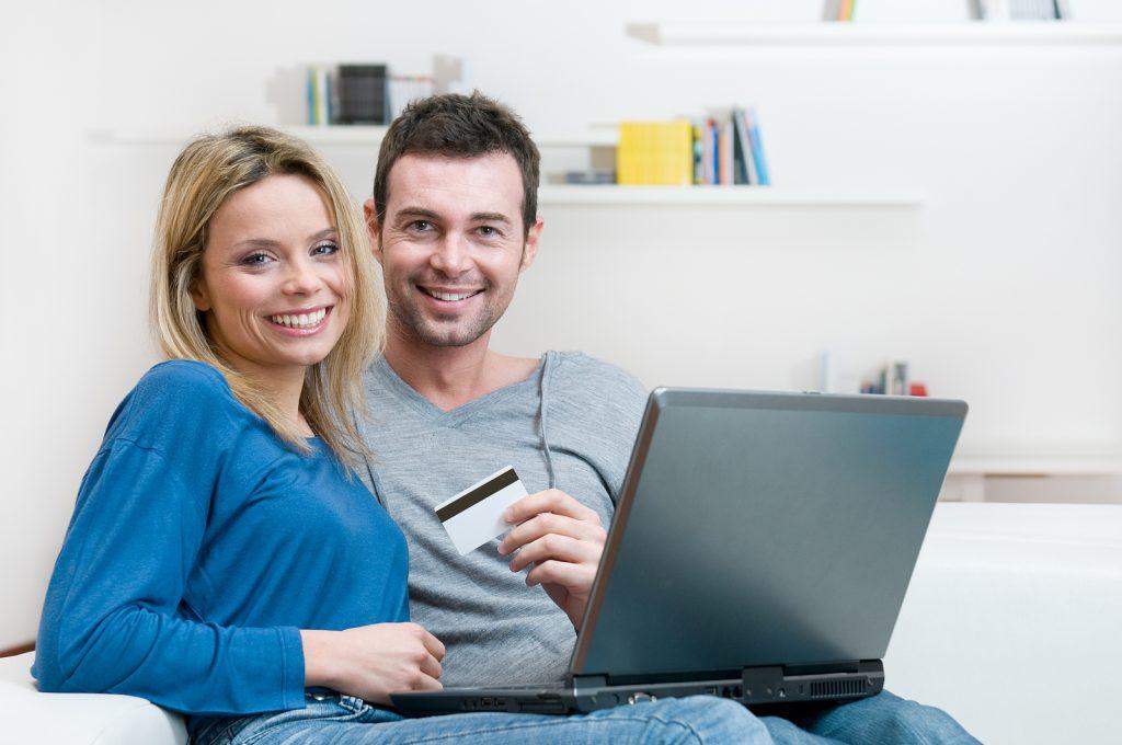 Hitelkártya és bankkártya – mi a különbség?