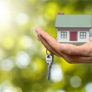 Mikor kell az eladott ingatlan után adót fizetnie az eladónak?