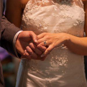 Első házasok kedvezményének igénylése – mit kell tudni róla?