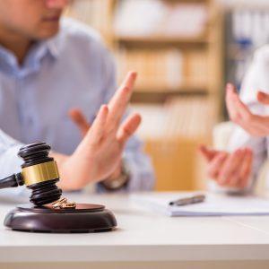 Mi történik a közös hitellel válás esetén?