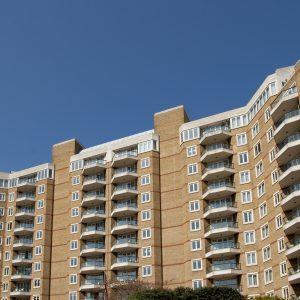 Miért emelkednek továbbra is a lakásárak?